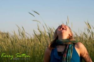 5 Science Backed Reasons Why You Should Laugh More Often